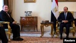 Pompeo Misr prezidenti bilan muloqotda