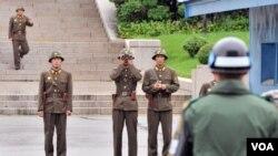 Un diario japonés informa que entre los sitios iraníes que los norcoreanos han visitado están tres centros de investigación.