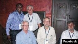 باقر نمازی ۸۱ ساله (ایستاده سمت راست) سالهای برای یونیسف فعالیت کرد.