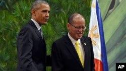 صدر اوباما فلپائن کے صدر بینِگنو اکینو نے ہمراہ