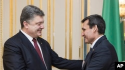 Петр Порошенко и Рашид Мередов