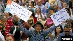 Para demonstran melakukan unjuk rasa di Sydney, Australia, menuntut pemerintah melakukan kebijakan lebih banyak untuk membantu pengungsi (foto: dok).