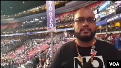 Luis Benitez, Puerto Rico delegate at the Democratic National Convention in Philadelphia, Pennsylvania, July 27, 2016. (Photo: Bill Gallo / VOA )