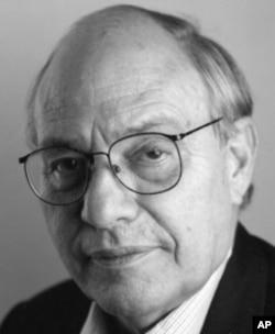Author Hugh Nissenson