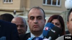 Kurdish teachers demand their salaries