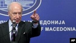 Нимиц планира посети на Скопје и Атина