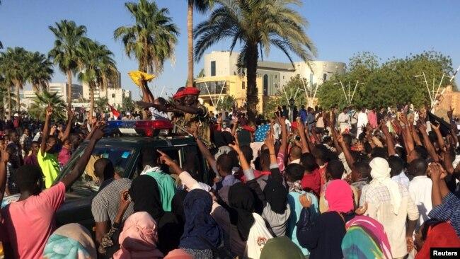 Manifestation du samedi 6 avril 2019 à Khartoum.