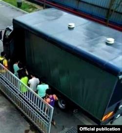(သတင္းဓာတ္ပံု - Malaysia immigration)