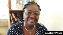 Maria Encarnação Pimenta, psicóloga (clínica e industrial) e professora universitária