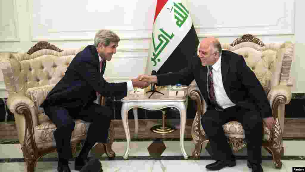 Keri, koji je doputovao u Bagdad samo dva dana pošto je novi premijer Haidar al Abadi predstavio svoju novu vladu, pozvao je novog iračkog premijera, šiita, da što pre da više ovlašćenja sunitima, kao što je obećano. 10. septembar, 2014.