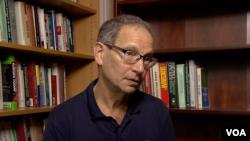 Čarls Kapčan, profesor na Univerzitetu Džordžtaun