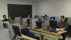 Online Classes May Force Changes at Universities