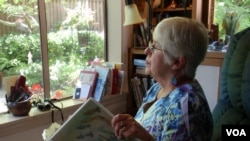 Joan Davies Rapp of Tacoma, Washington, counts and records bird sightings outside her living room window as part of Project FeederWatch.