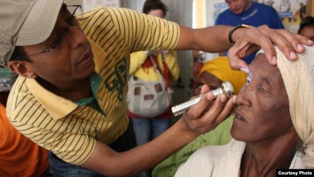 Dr. Amir Bedri examining a trachoma patient