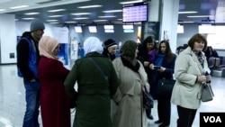 Majke Srebrenice na sarajevskom aerodrom, 19. mart 2019.