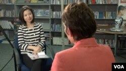 瑞洁接受VOA卫视专访