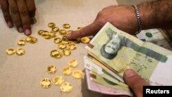 Người Iran mua vàng để tránh lạm phát