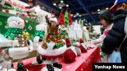 [경제가 보인다] 성탄절 선물 구입하기