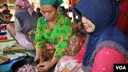 Bantuan akan diberikan kepada sekitar 5.000 perempuan pengusaha kecil.
