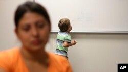 Acnur considera que la deportación de menores deberá basarse en un análisis sobre el interés superior de los niños y niñas.