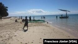 Praia de Vilanculos, em Inhambane, que perdeu muitos hotéis com o ciclone Dineo