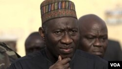 Presiden Nigeria Goodluck Jonathan hari Jumat (8/8) menyetujui dana darurat hampir 12 juta dolar untuk mengatasi perebakan ebola di sana (foto: dok).