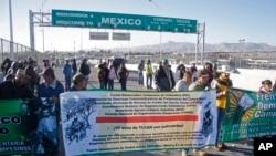 Protestas por el 20 aniversario del NAFTA en la frontera de El Paso-Ciudad Juárez.