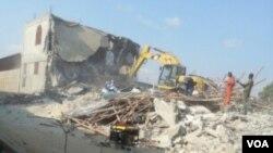 Mesquita a ser destruída