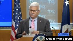 Trợ lý Ngoại trưởng Hoa Kỳ chuyên trách Dân chủ, Nhân quyền và Lao động Robert Destro