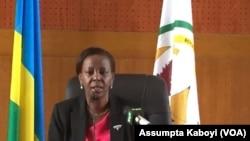 Minisitiri w'ububanyi n'amahanga w'u Rwanda, Loiuse Mushikiwabo, ari mu nama ya FPR.