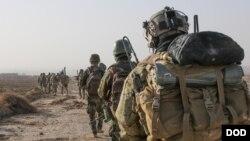 ABŞ-ın xüsusi təyinatlı qüvvələri və Əfqanıstan hərbi qüvvələrinin əsgərləri