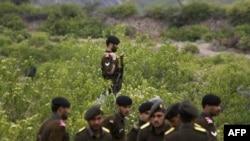 Binh sĩ bán quân sự Pakistan tại khu vực bộ tộc ở Pastwana