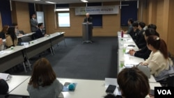 서울 영등포 하이서울유스호스텔에서 지난 16일부터 2박 3일간 열리고있는 한국 민간단체 '나우'의 탈북대학생 리더십캠프 현장.