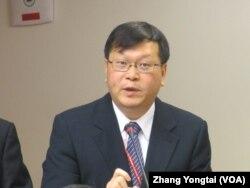 台灣疾病管制署副署長庄人祥 (美國之音張永泰拍攝)