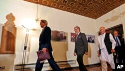 Ashraf Ghani and Dr Abdullah after meeting with John Kerry in Kabul