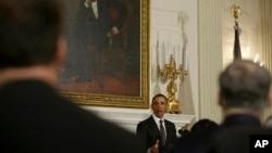 President Obama addresses National Governors Association under portrait of President Lincoln, State Dining Room, White House, Feb. 25, 2013.