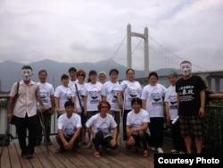 各地访民声援被刑事拘留的吴淦 ( 参与图片 )