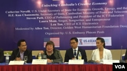 Catherine Novelli, U.S. Under Secretary of State for Economic Growth, Energy, and the Environment at the U.S. Department of State, joins a penal discussion on Unlocking Cambodia's Creative Economy in Phnom Penh, on Friday, June 10, 2016. (Phorn Bopha/VOA Khmer)