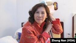 Luật sư nhân quyền Nghê Ngọc Lan đã được thả khỏi nhà tù hồi đầu tháng này, sau khi thọ án tù 2 năm rưỡi về tội lừa đảo và khích động gây rối.