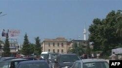 Parkimi i automjeteve në qytetet turistike të Shqipërisë