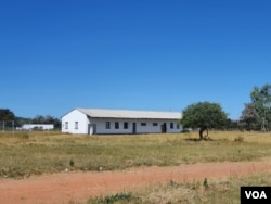 Kuyaxokozela esikolo seMatjinge eBulilima East. (Ezra Tshisa Sibanda)