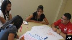 Jóvenes líderes se preparan para el futuro.
