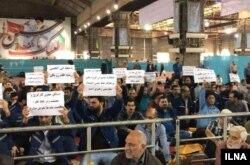 کارگران فولاد اهواز در نماز جمعه دست به اعتراض زدند