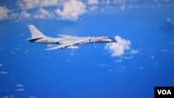 中國軍方在網絡上發佈戰機照片背景是台灣離島蘭嶼。