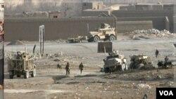 Los ministros de Defensa de la OTAN se reúnen en Bruselas tras el anuncio de EE.UU. y Francia de poner fin a sus roles de combate en Afganistán un año antes de lo previsto.