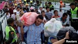El presidente venezolano Nicolás Maduró ordenó hace 11 meses el cierre de la frontera con Colombia.
