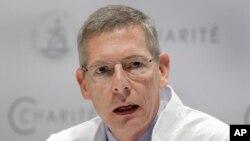 Кай-Уве Экхардт, профессор клиники Charite, во время пресс-конференции о состоянии здоровья Петра Верзилова. Берлин, Германия. 18 сентября 2018
