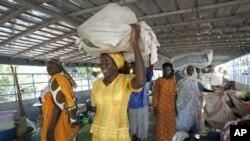 Wakazi wa Sudan kusini wakiwasili katika mji mkuu Juba wakitokea Khartoum kabla ya upigaji kura ya maoni ya Januari 9, juu ya uhuru wa Sudan kusini