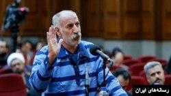 آقای ثلاث در دادگاه ضمن تاکید بر تحت فشار بودن، گفت در ماجرای اتوبوس و قتل سه مامور او عامدانه این کار را نکرده است.