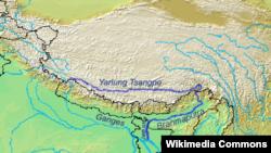 雅魯藏布江(印度稱布拉馬普特拉河)發源西藏流入印度
